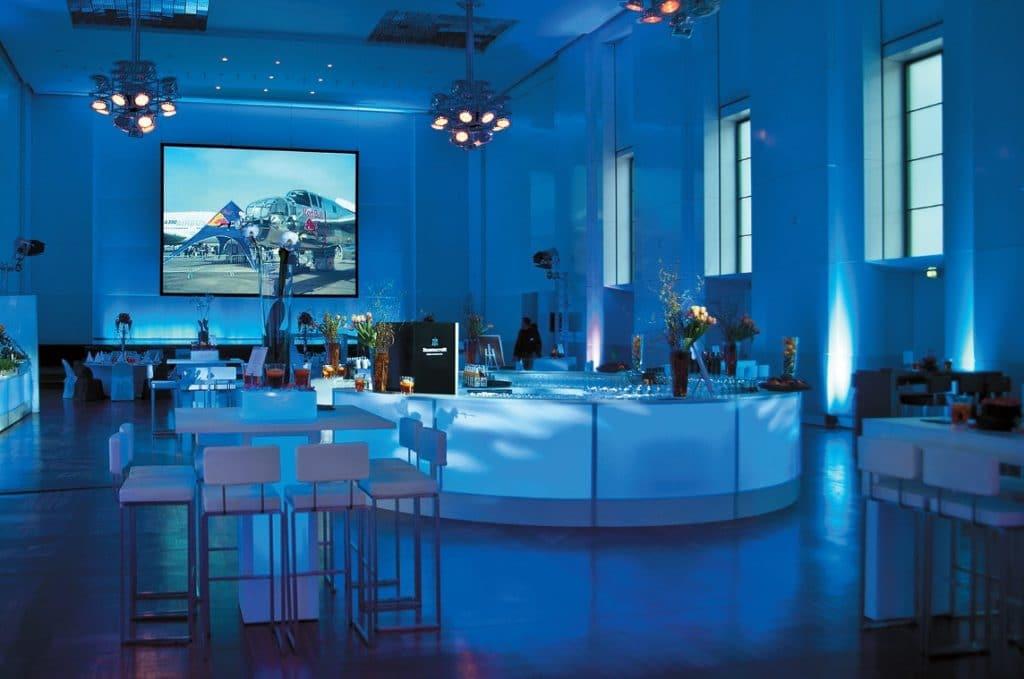 Barsystem Dimmbar mit Blende Plexiglas und LED-Beleuchtung
