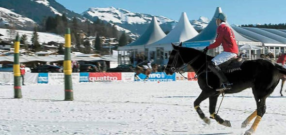 Polo-Turnier im Schnee