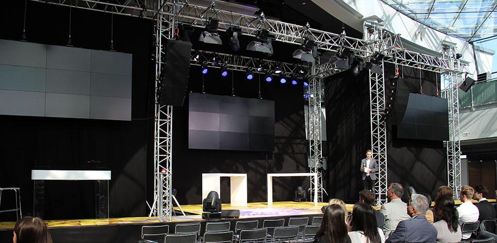 Die Bühne des FAMAB New Talent Award 2015