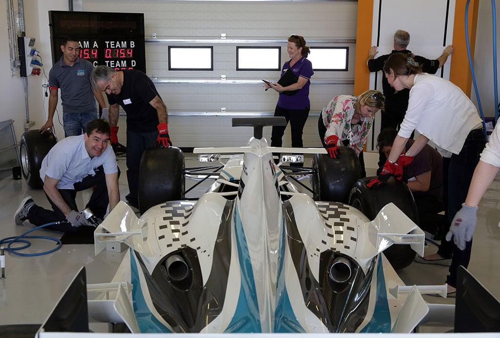 drpgroup inszenierte ein Event mit einem Formel 1 Wagen