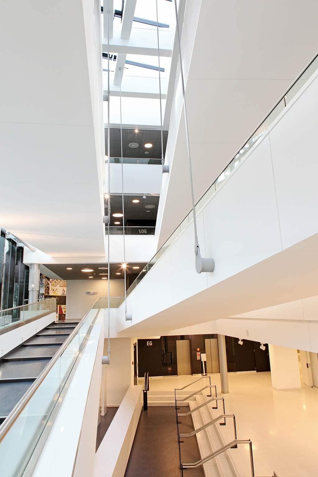 Modern gestaltetes Treppenhaus