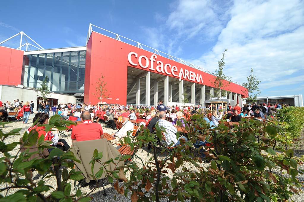 Die Coface Arena Mainz ist das Stadion des 1. FSV Mainz 05.