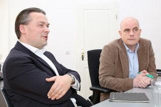Christian Seidenstücker (l.), Präsident der ISES und CEO von JOKE Event, und Jan Kalbfleisch, Geschäftsführer des FAMAB