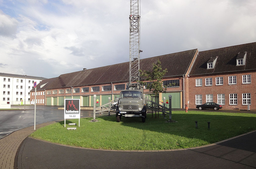 Firmensitz in der aufwändig restaurierten Halle 11 der ehemaligen Kaserne Moorslede (Köln-Dellbrück)