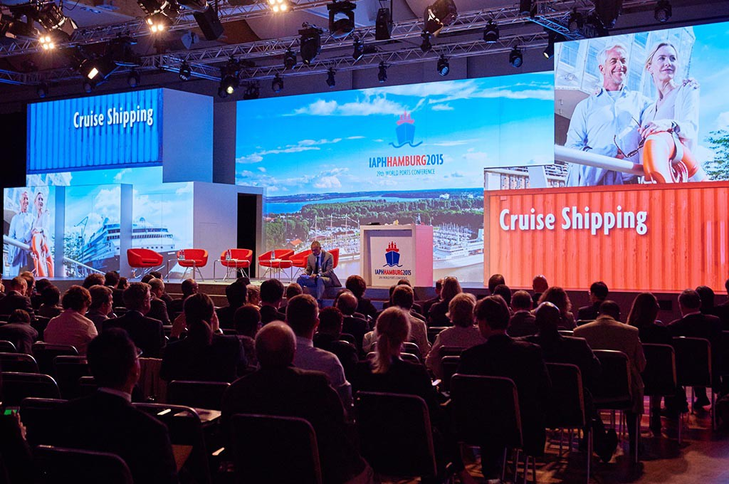 Bühne bei der World Ports Conference in Hamburg