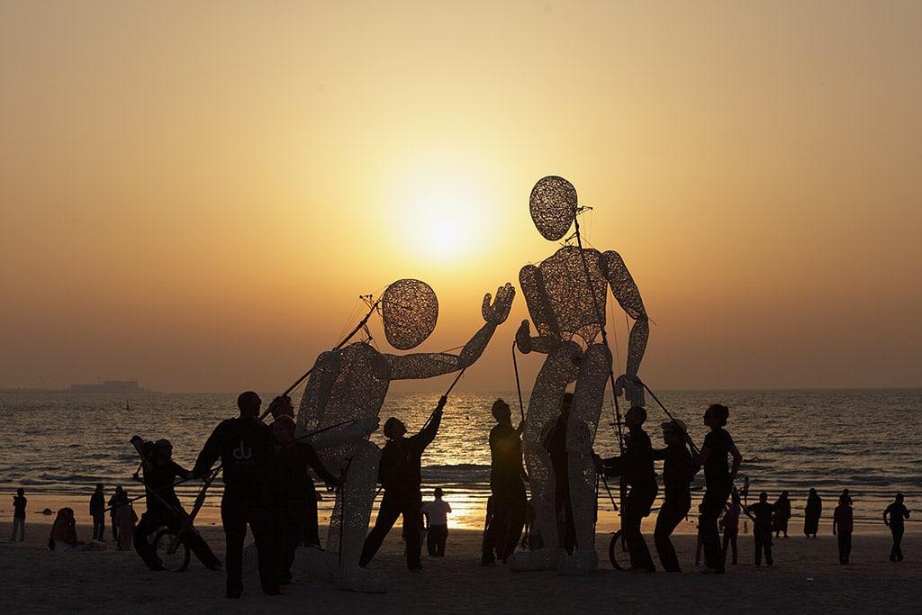 Dundu vor einem Sonnenuntergang in Dubai
