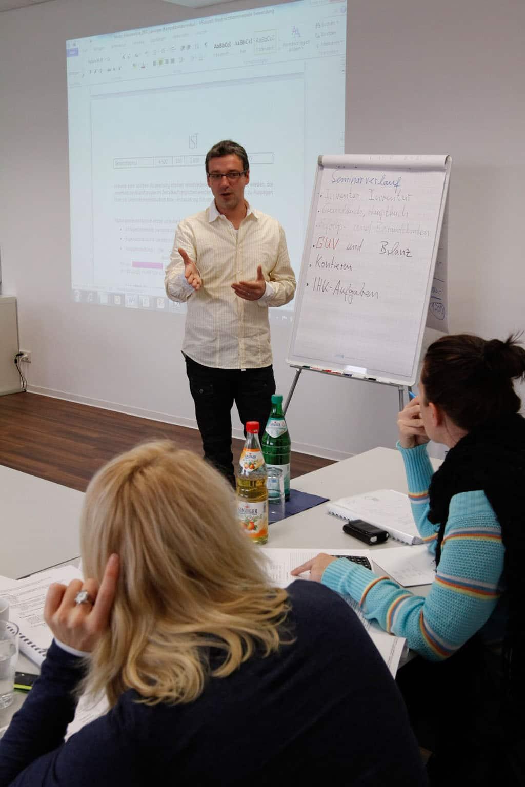 Seminar des Studieninstituts für Kommunikation