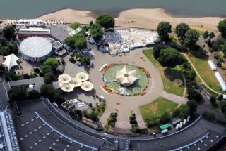 Luftbild vom Tanzbrunnen in Köln-Deutz