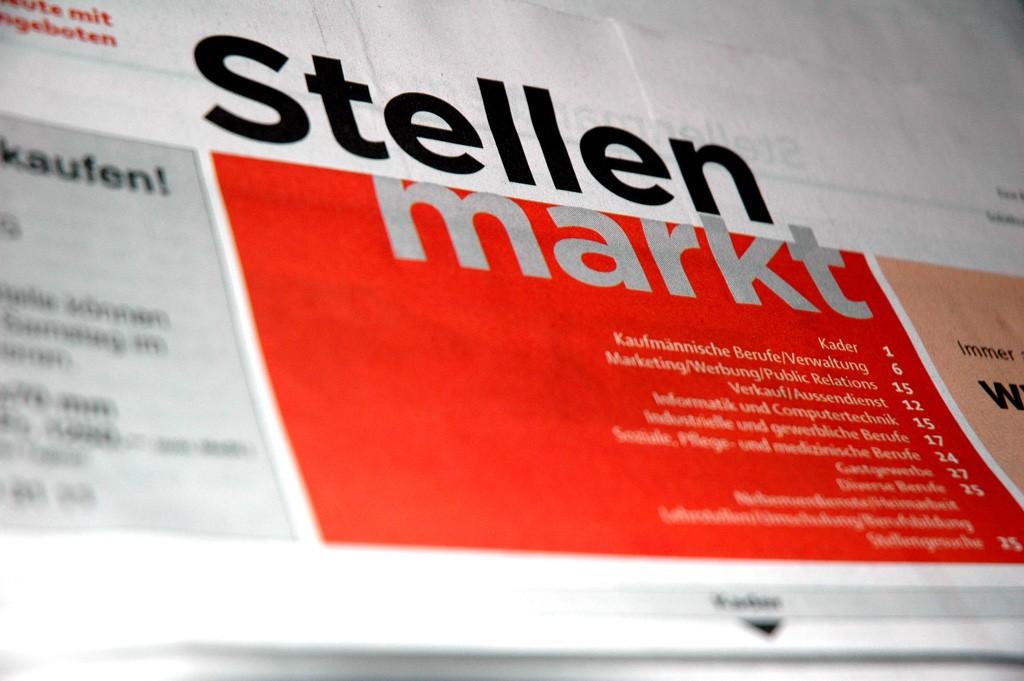 Stellenmarkt in Zeitung