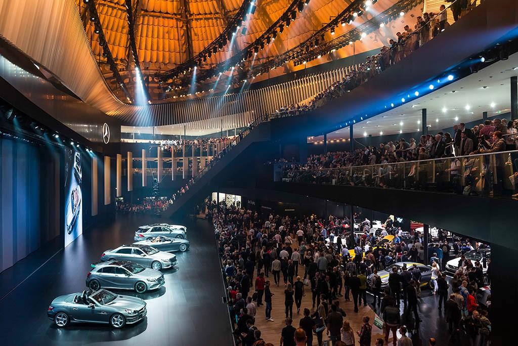 Mercedes Halle auf der IAA 2015