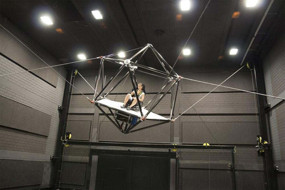 Leicht und filigran: Der Seilsimulator setzt neue Maßstäbe.
