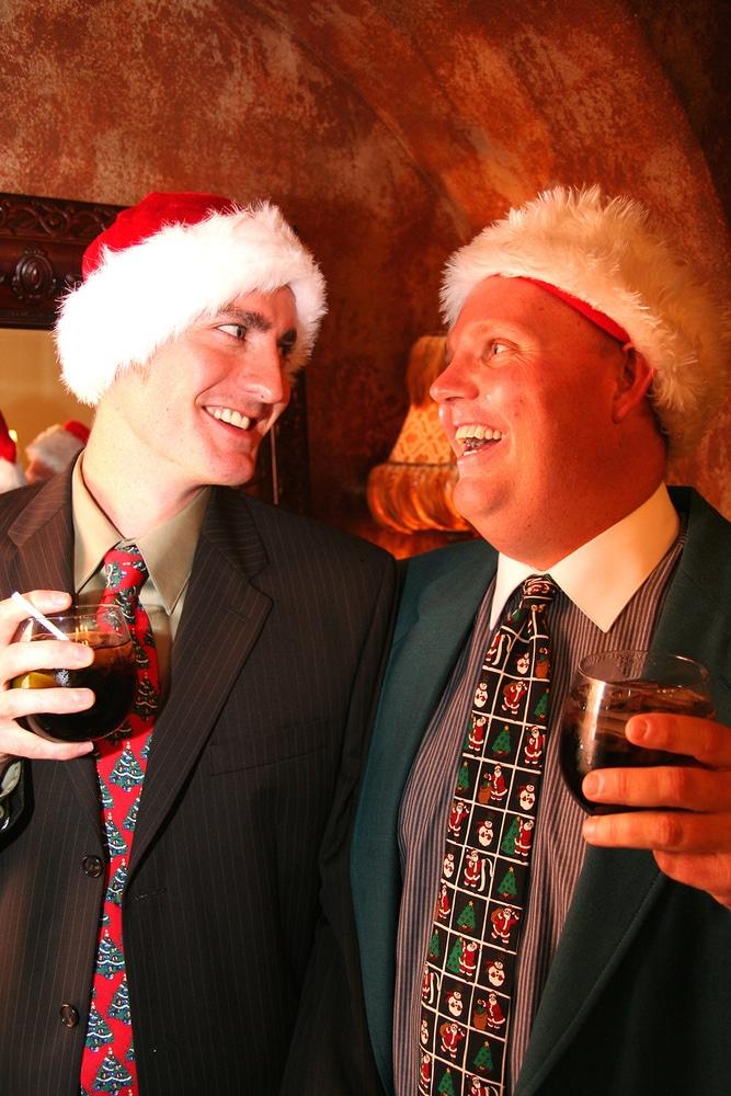 Kollegen bei der Weihnachtsfeier