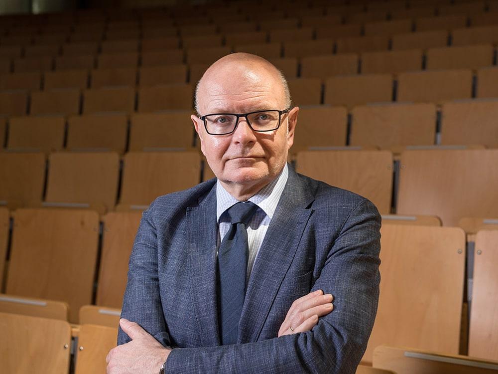 Glücksforscher Prof. Dr. Karlheinz Ruckriegel