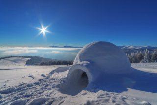 Iglu im Schnee