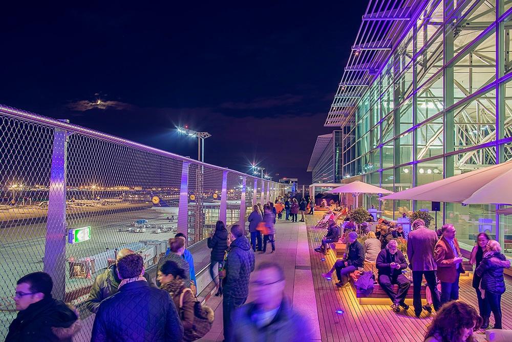Besucherterrasse des Fraport Forum
