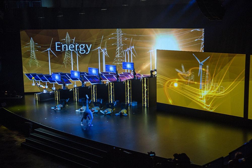 Eröffnung der Hannover Messe 2016, für die insglück jüngst eiFAMAB Award gewannen.