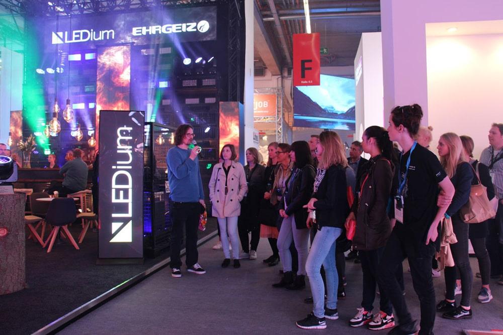 Studenten Guided Tour auf der Prolight+Sound 2017 bei Ehrgeiz