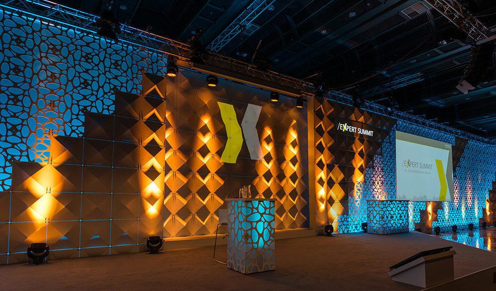 Bühnenbild für Merz Ästhetik Expert Summit 2016