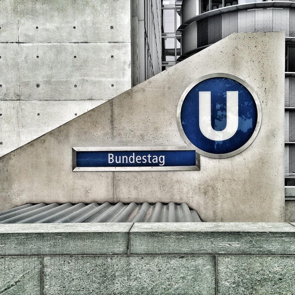 U-Bahnhaltestelle Bundestag