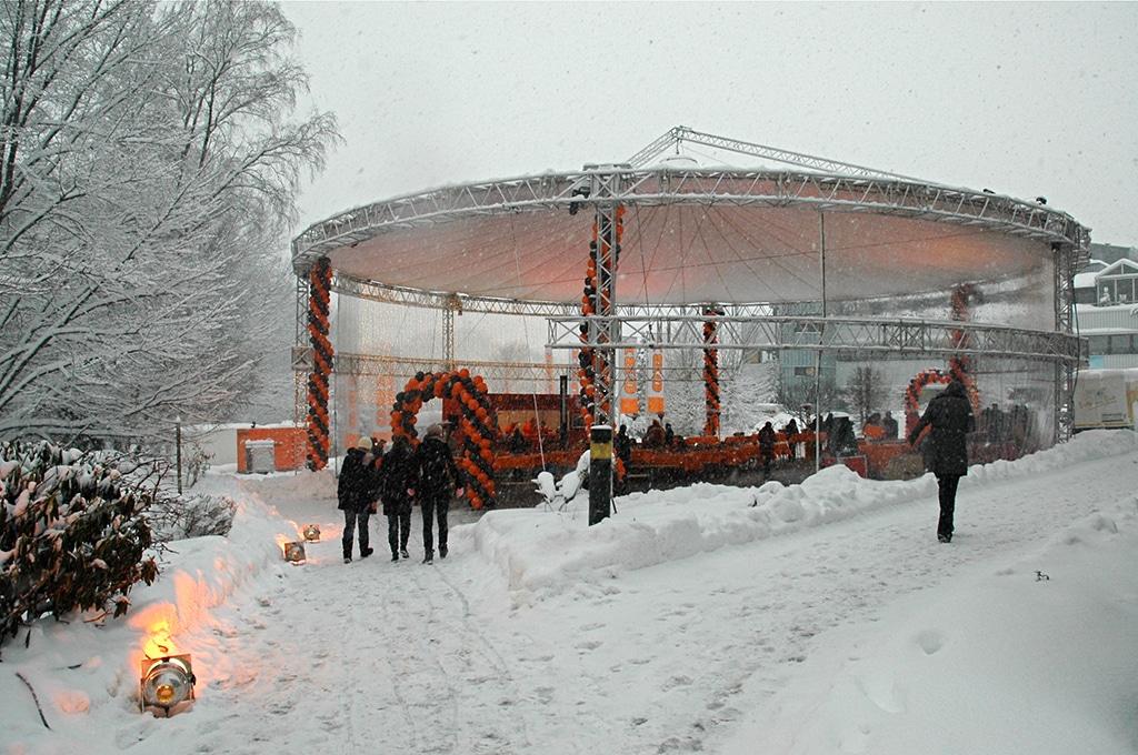 Eventüberdachung von Skyliner im Schnee