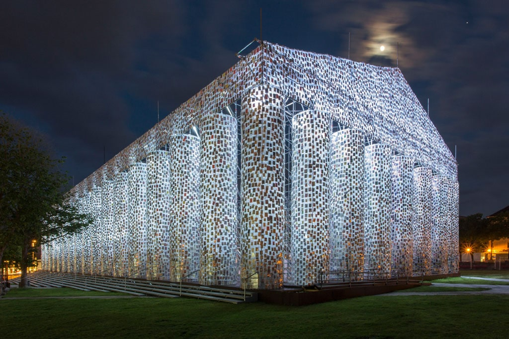 Parthenon of Books auf der Documenta14