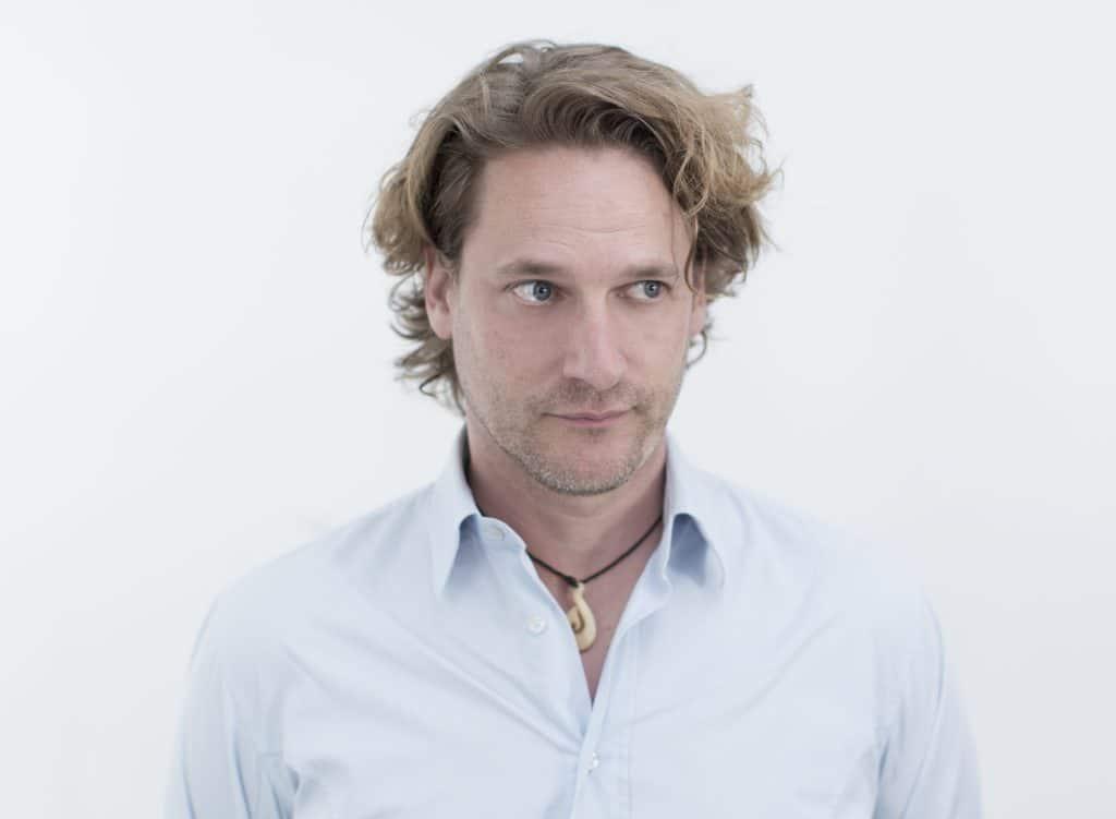 Prof. Chris Schmachtenberg