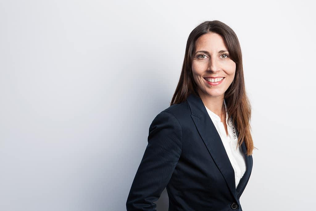 Evelyn Hosang, Vertriebsleiterin des Studieninstituts für Kommunikation