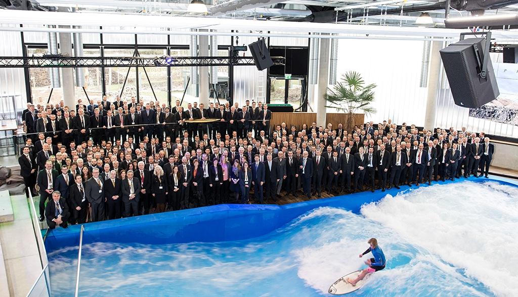 Jochen Schweizer Arena: Veranstaltungs-Surfrotor