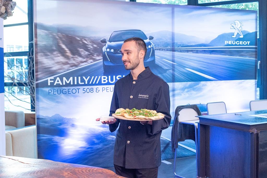 Produktpräsentation des Automobilherstellers Peugeot in der Alten Tuchfabrik in Euskirchen.