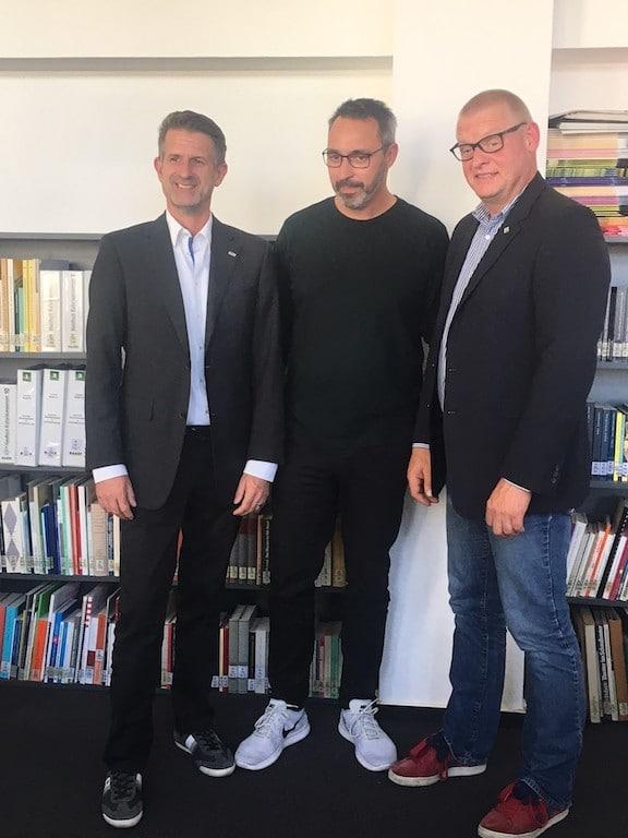 Sacha Ritter (VPLT) , Wesko Rohde (DTHG) und Alexander Schmidt (FAMAB)