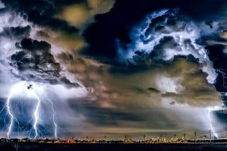 Gewitter-Unwetter-Sturm