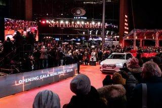 Audi roter Teppich Auto
