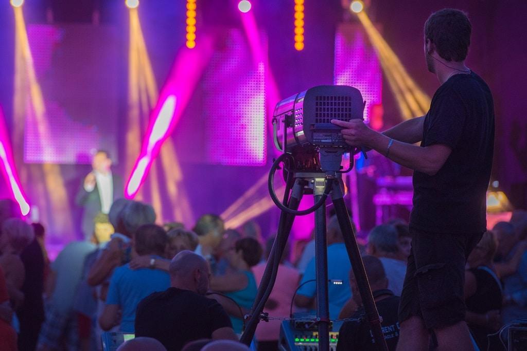 Konzert-Veranstaltung-Event-Licht-Technik