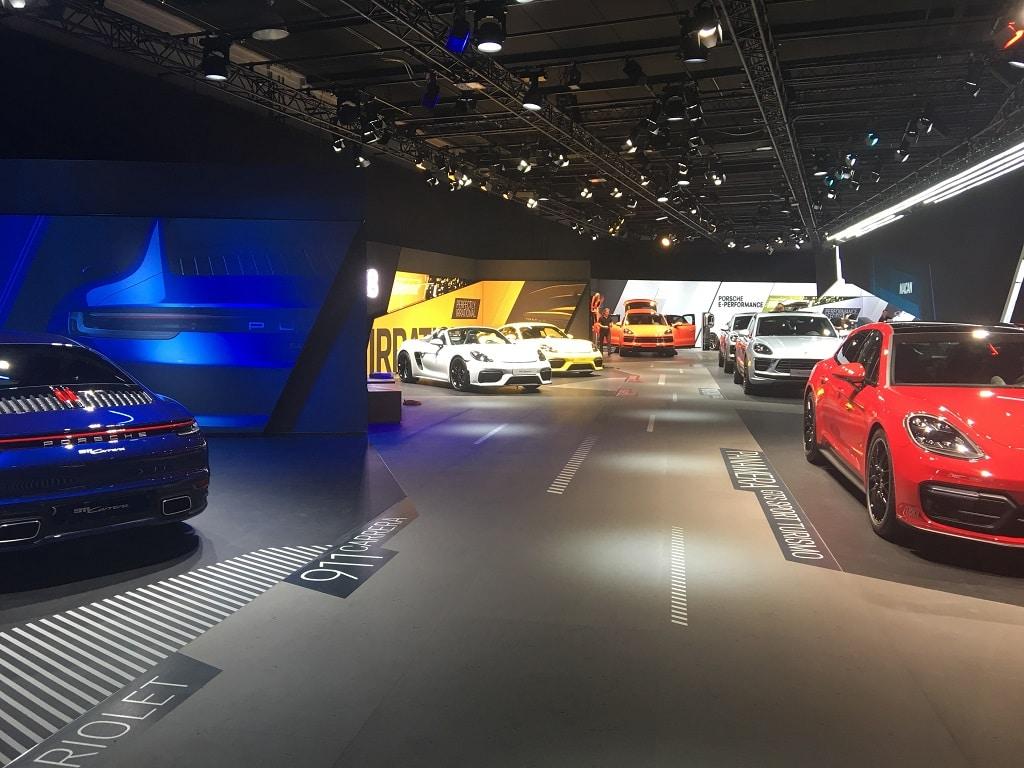 Die Galerie im Obergeschoss präsentiert weitere Baureihen.