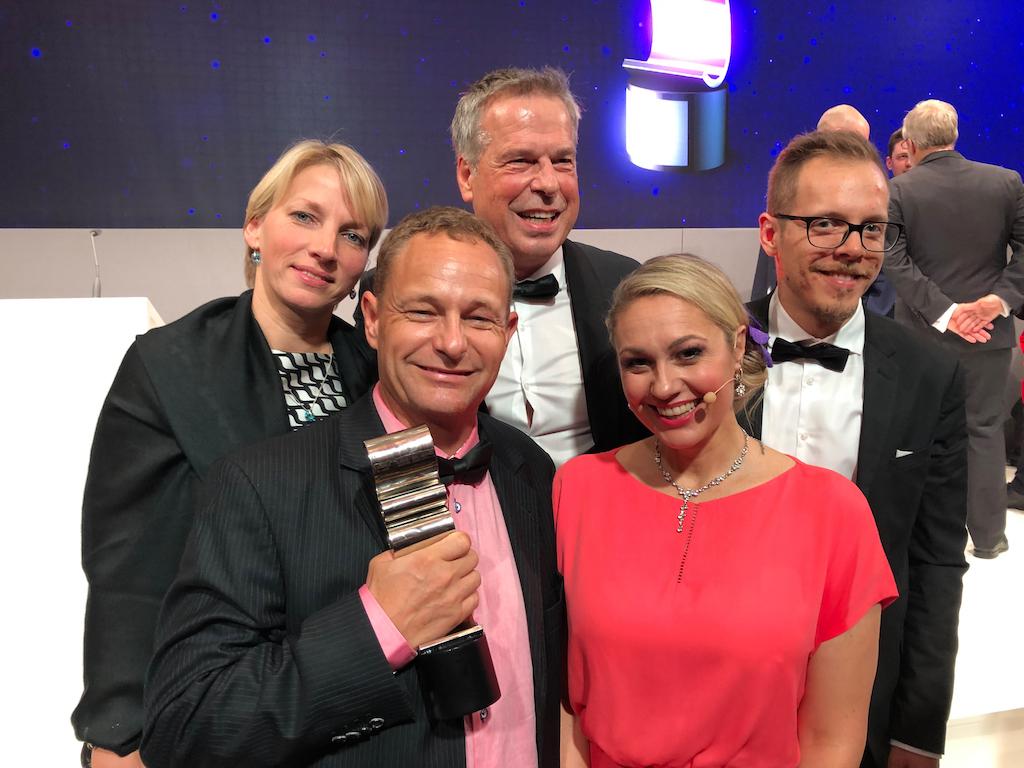 """Erneut wird Fotoboden bei den Druck & Medien Awards 2019 als """"LFP – Drucker des Jahres"""" ausgezeichnet."""