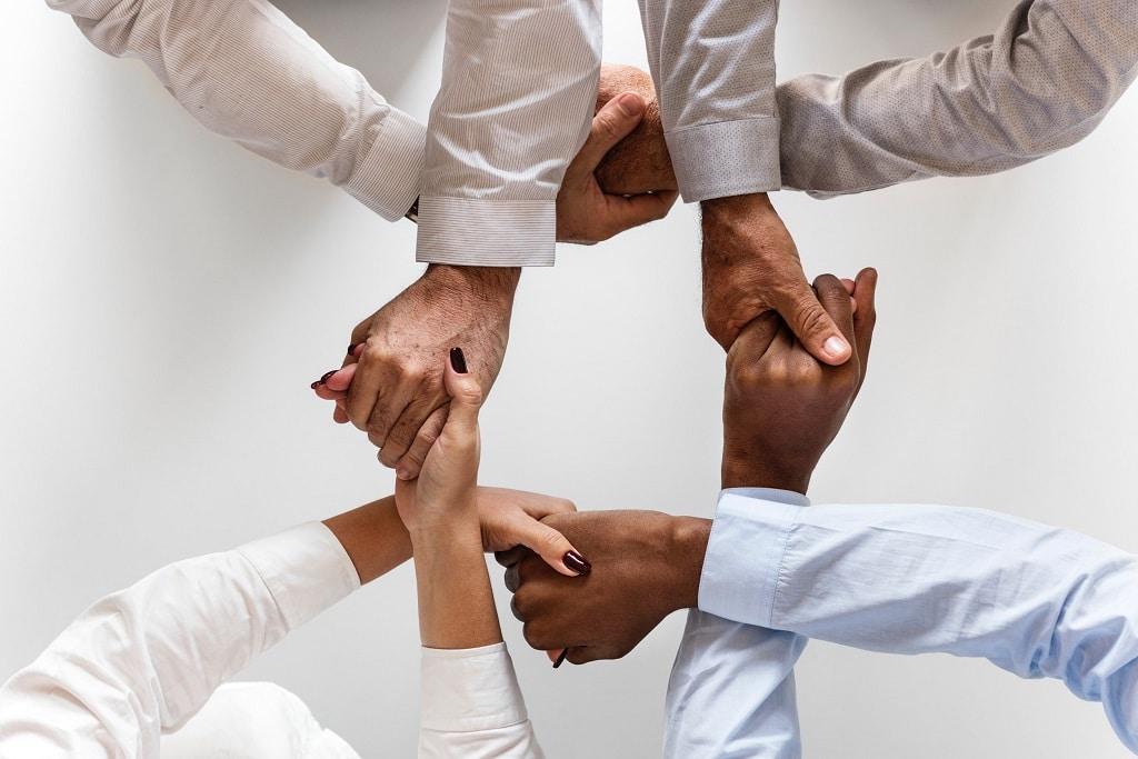 Gleichheit-Gemeinsam-Zusammen-Team-Gerechtigkeit