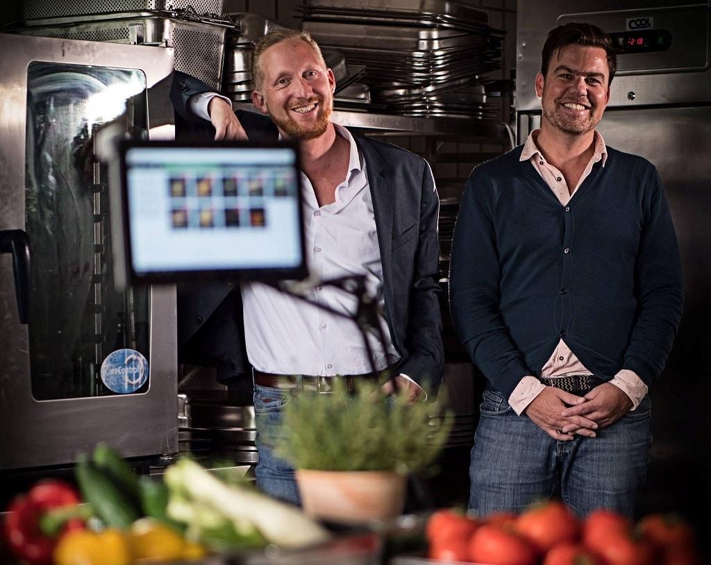 Kaspar Althaus (l.) und Alexander Schad, Geschäftsführer und Vorstände von aveato Catering