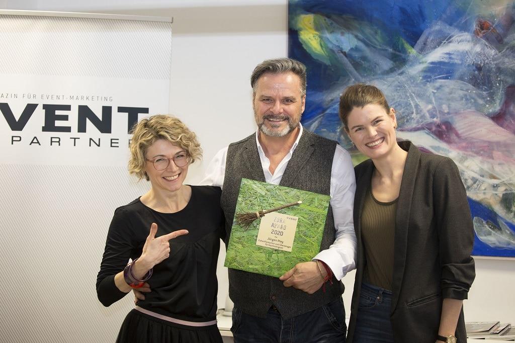 Martina Courth, Jürgen May und Anna Habenicht bei der Übergabe des ZORA AWARD 2020