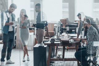 Office-Arbeitsplatz-Büro-Work-Controlling