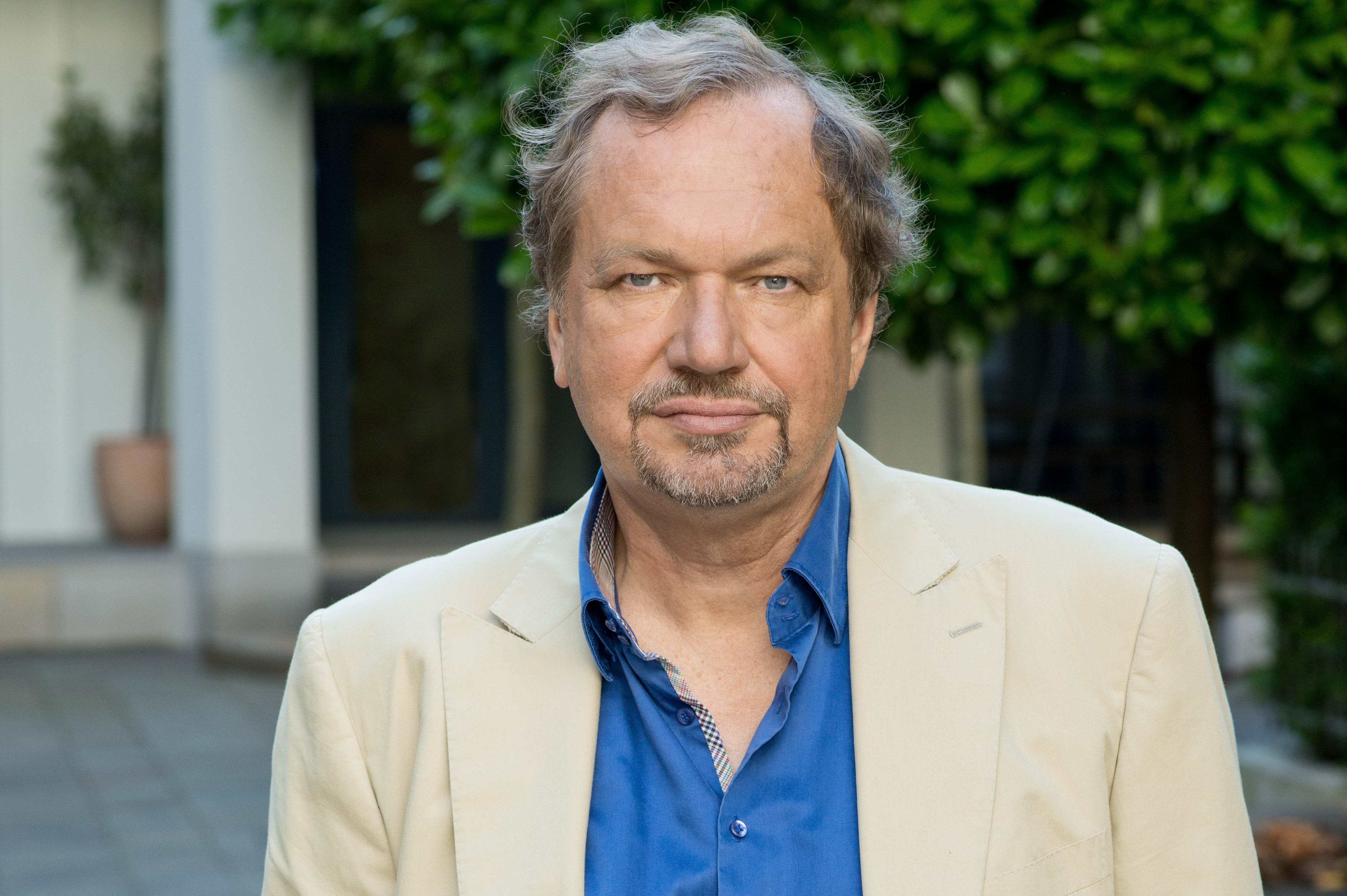 Prof. Jens Michow