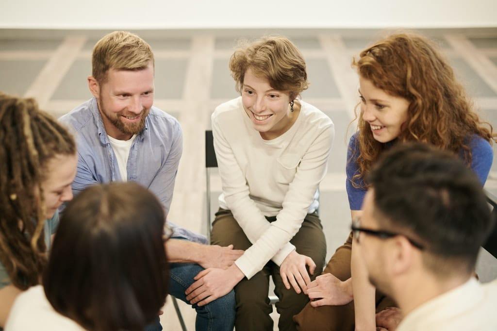 Teamwork-Gruppe-Brainstorming-Event-Meeting