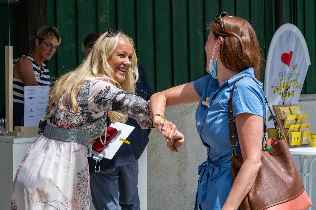 Susanne Illerhaus (l.) beim Starnberger See MICE Branchentreff am 9. Juli 2020