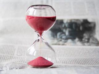 Sanduhr-Zeit-Zeiterfassung-Uhr