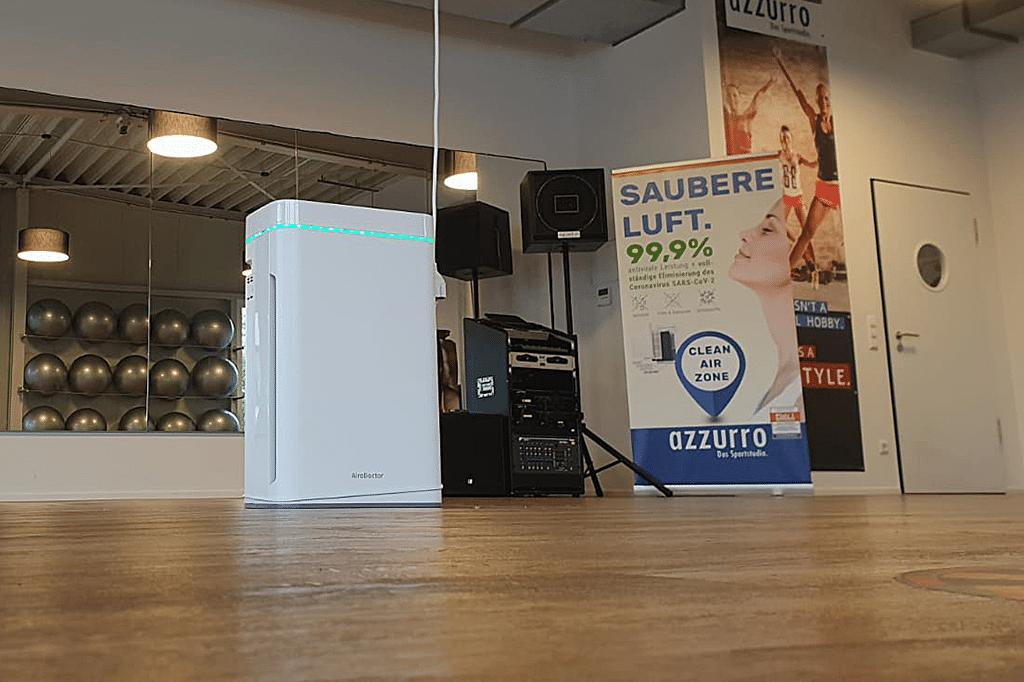 Das Fitness-Studio azzurro setzt im Kursraum auf den AiroDoctor, den COMM-TEC Exertis vertreibt.