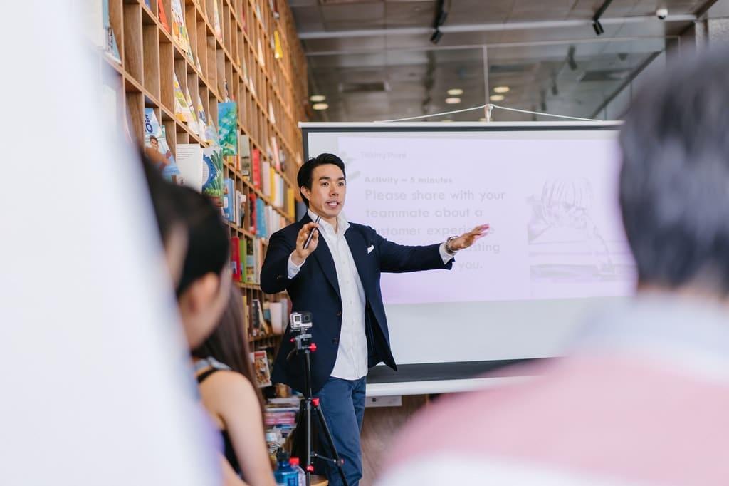 Vortrag-Präsentation-Meeting-Besprechung